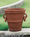 Vaso rústico de argila com alças