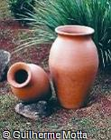Vasos de argila vermelha
