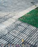Piso em concreto pré-moldado anti-derrapante